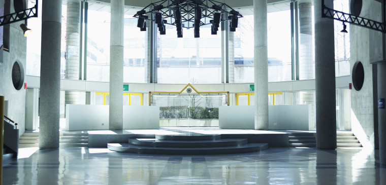 パフォーマンス広場