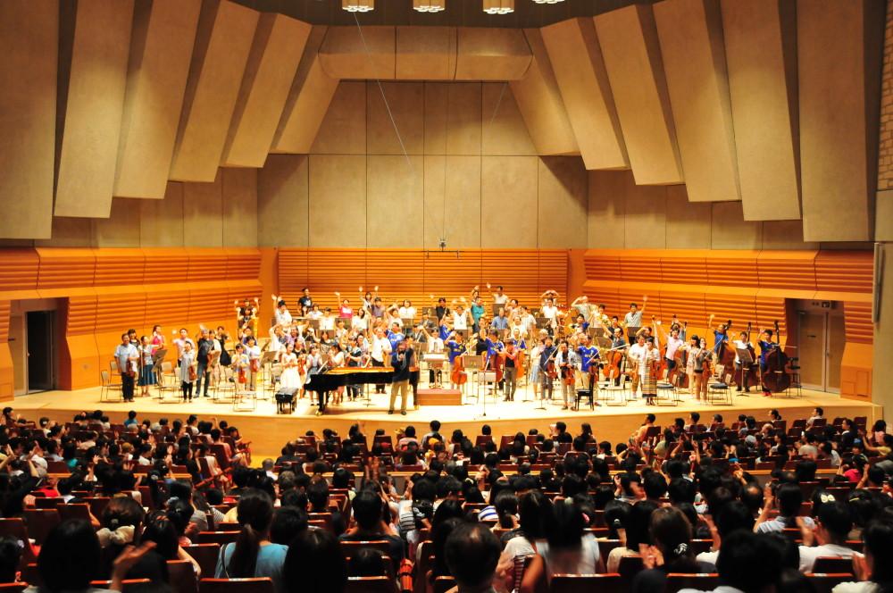 第1回子どもの夢ひろばボレロ 大集合コンサートの様子